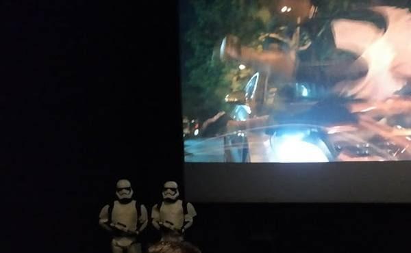 salle de cinema et film IMAX