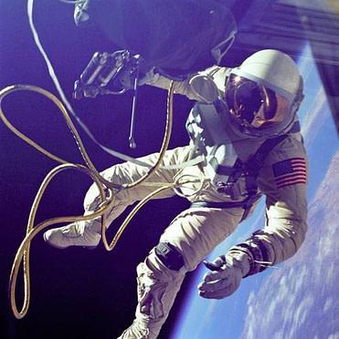 astronaute gps